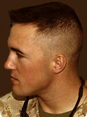 Corte Militar Barbearia O Barbeiro